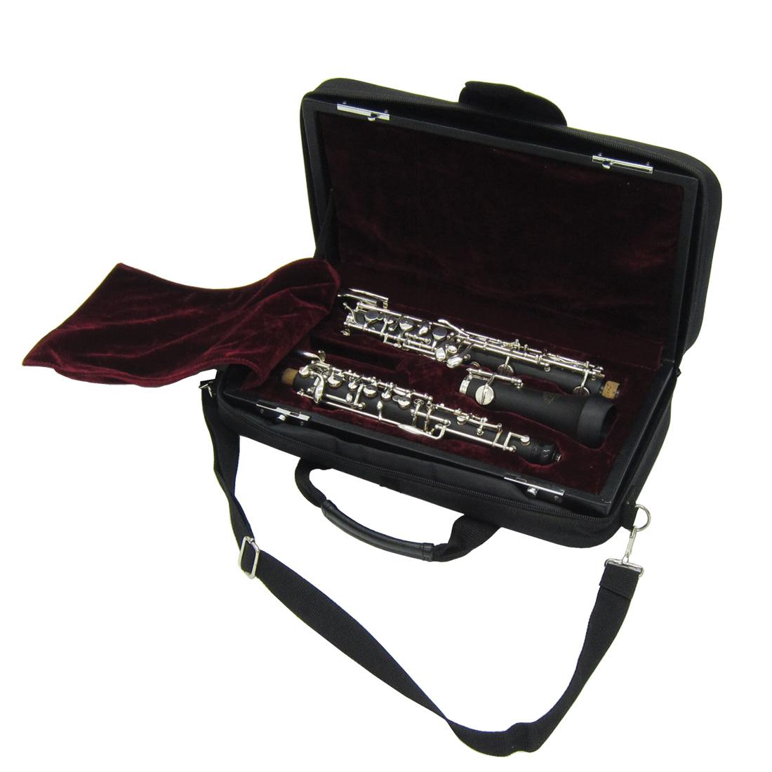ケースにはカバーが付いており、持ち運びに便利。肩にかけて運べるようショルダー用のストラップが付いています。